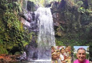 Boquete, niñas en el Día de la Etnia Negra y mons. Ulloa